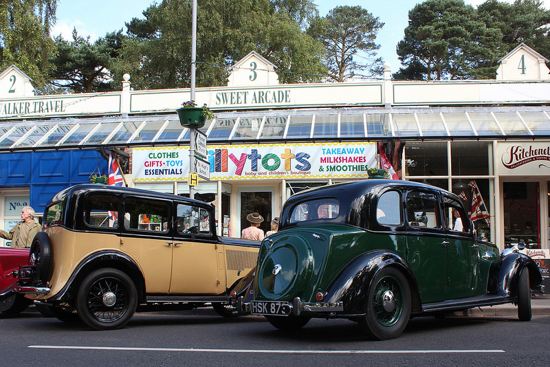 Vintage Vehicles on the Broadway